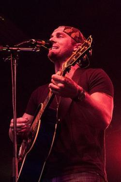 Brett Young lyrics of all songs.